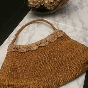 100% natural straw purse- this is a rare find